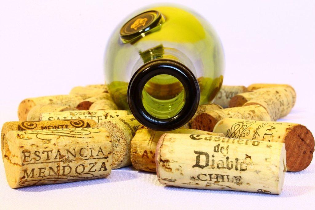 вино в бутылке